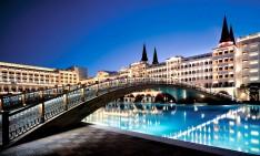 amazing pools amazing pools Fancy a swim? 10 amazing pools that will seduce you Amazing pools Mardan Palace Resort1 234x141
