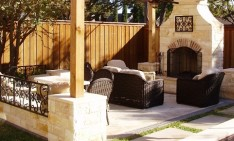 outdoor living room How to create the perfect outdoor living room RoundtreeAwardLivingRoomDesign 234x141