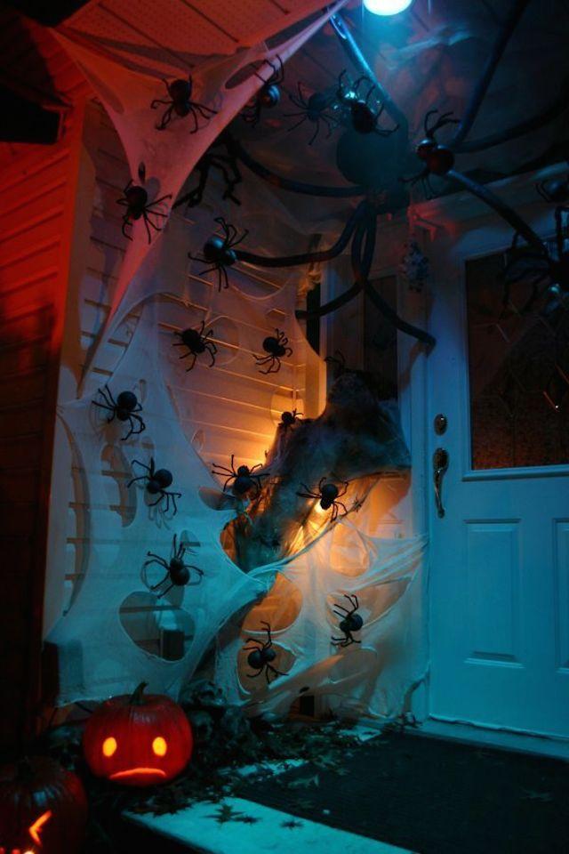 23 halloween The best 20 front door decors for halloween 23