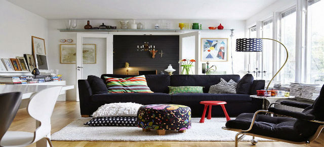 Interior design: Eclectic Style Showcase Of Living Room Interior Design 3