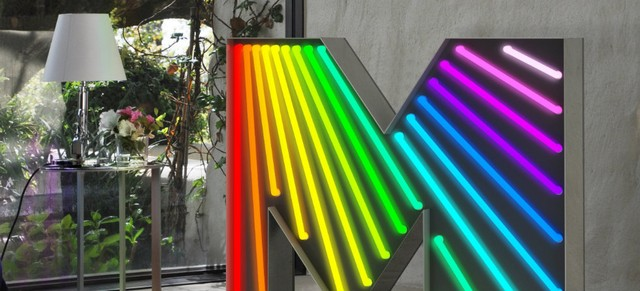 current-trend-custom-and-handmade-neon-signs