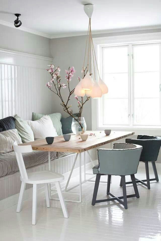 The best modern tables for your dining area 2