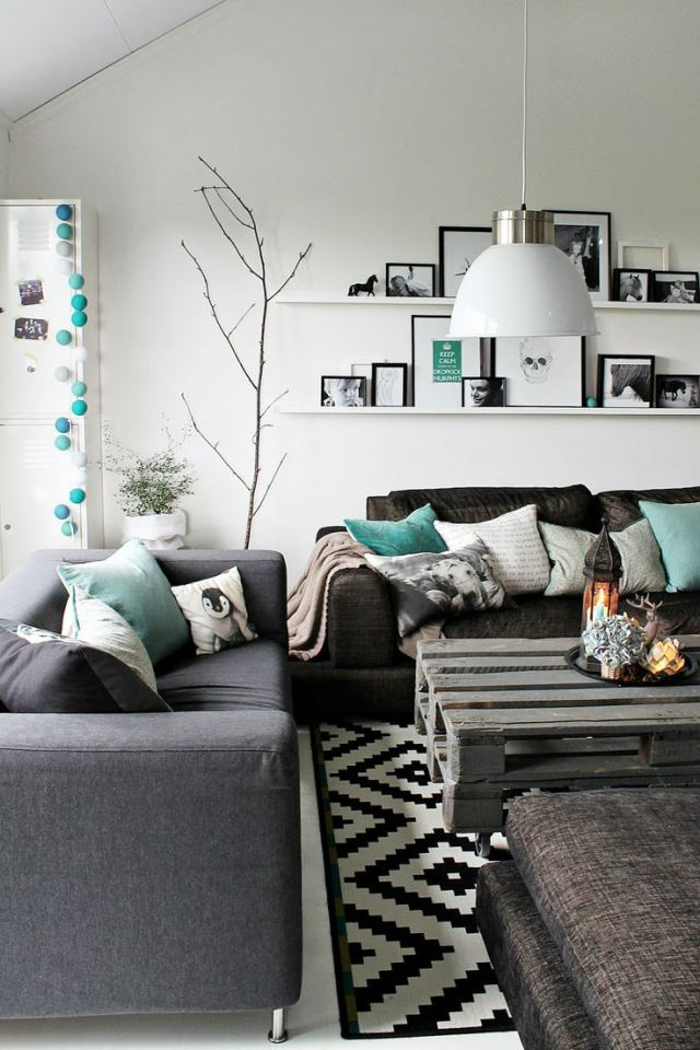 living rooms patterned pillows 7