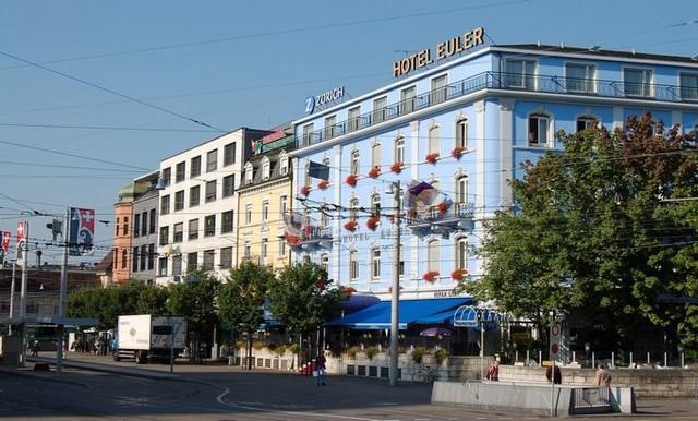 Hotel_Euler_Bahnhofplatz_Basel_2006_816