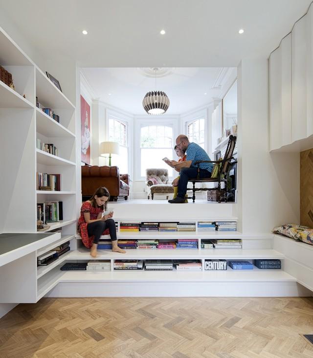 zminkowska de boise_fot.Tom Cronin _www.tomcronin.net (5)  Bookshelf-staircase into London flat by Zminkowska De Boise zminkowska de boise fot