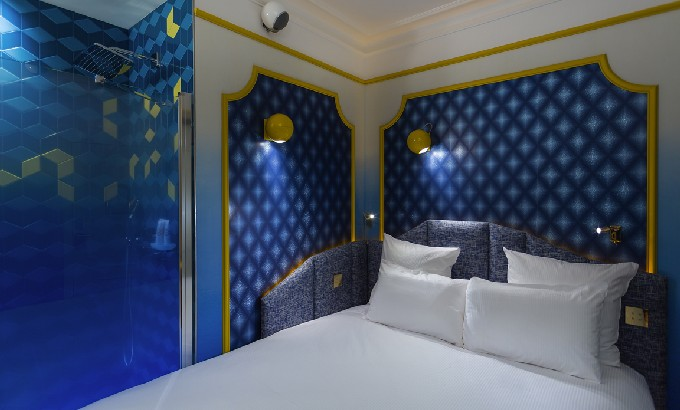 idol hotel Idol Hotel Paris Decor by Julie Gauthron with DelightFULL's lamps IDOL HOTEL CHAMBRE JOY 2 PARIS 8
