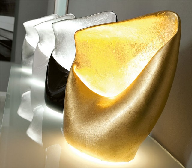 CONTEMPORARY LIGHTING: 10 GOLDEN TABLE LAMPS