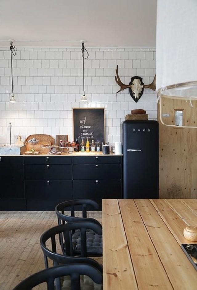 Black Kitchen desigs for your Home Decor black kitchen ideas 25 Black Kitchen Ideas For Your Home Decor Black Kitchen Ideas for your Home Decor18