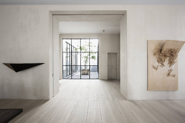Minimalistic modern home design ideas by Vincent Van Duysen Vincent Van Duysen Minimalistic modern home design ideas by Vincent Van Duysen Minimalistic modern home design ideas by Vincent Van Duysen 4
