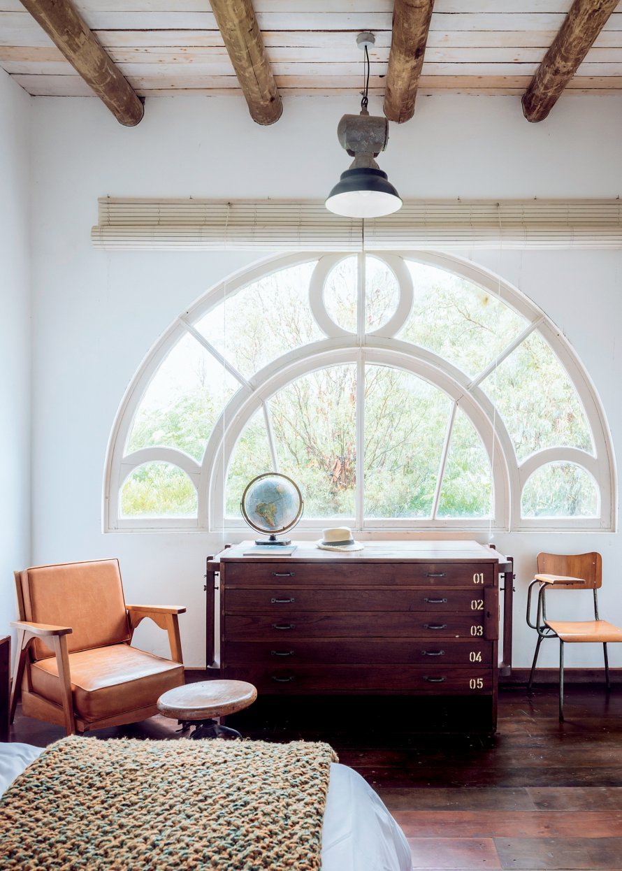 Spanish Interior Design Alert: Meet The Giant The Room Studio