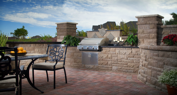 featured kitchen outdoor kitchen ideas 10 Outdoor Kitchen Ideas You'll Want to Achieve featured kitchen