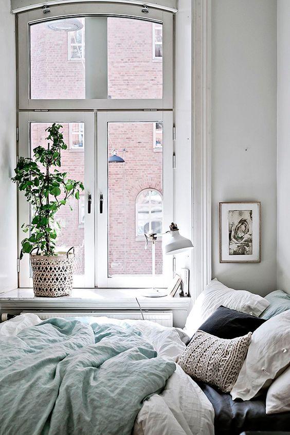 Home Design Ideas: How to Get a Tiny Mighty Room home design ideas Home Design Ideas: How to Get a Tiny Mighty bedroom 74fdde21025e6b5a653faf34264b1302