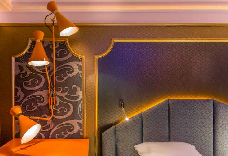 Idol Hotel: oasis in the heart of Paris mid-century Idol Hotel: a mid-century oasis in the heart of Paris CHAMBRE MOON BLUE 3 IDOL HOTEL PARIS 8