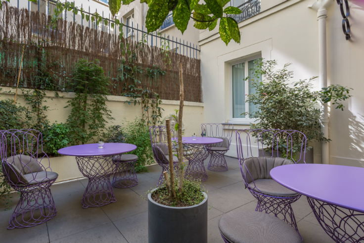 Idol Hotel: oasis in the heart of Paris mid-century Idol Hotel: a mid-century oasis in the heart of Paris TERRASSE IDOL HOTEL PARIS 8 2