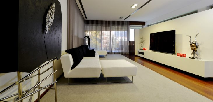 Dazzling Contemporary Home Design in Portugal contemporary home design Dazzling Contemporary Home Design in Portugal 15 feat 730x350