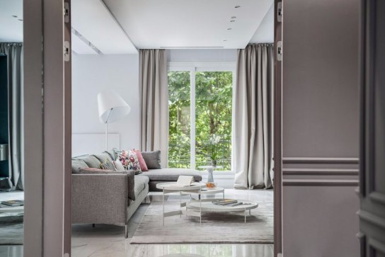 See this Modern Home Design with a Midcentury Touch in Paris mid-century See this Modern Home Design with a Mid-century Touch in Paris See this Modern Home Design with a Mid century Touch in Paris 8