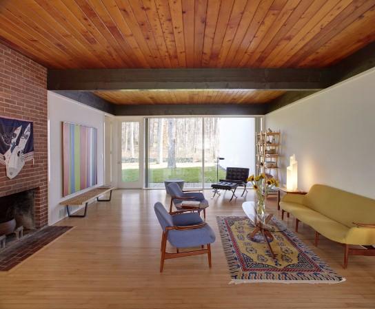 10 Mid Century Modern Living Rooms