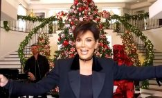 featured kris jenner 10 PHOTOS PROVING KRIS JENNER HAS THE COOLEST CHRISTMAS DECORATIONS featured 13 234x141