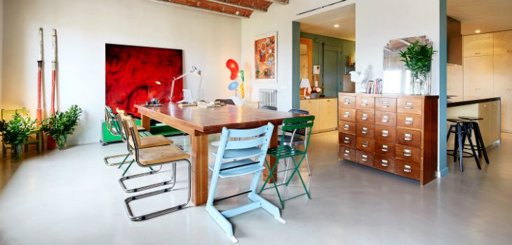 1930s Vintage Barcelona Apartment Gets a Colorful Refurbishment vintage apartment 1930s Barcelona Vintage Apartment Gets a Colorful Refurbishment 1930s Vintage Barcelona Apartment Gets a Colorful Refurbishment 10 feat 730x350