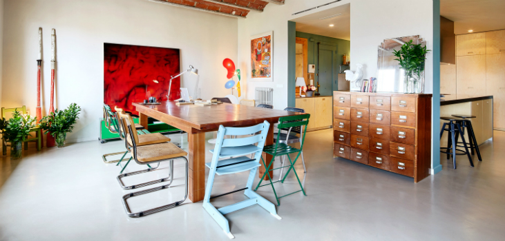 1930s Vintage Barcelona Apartment Gets a Colorful Refurbishment vintage apartment 1930s Barcelona Vintage Apartment Gets a Colorful Refurbishment 1930s Vintage Barcelona Apartment Gets a Colorful Refurbishment 10 feat