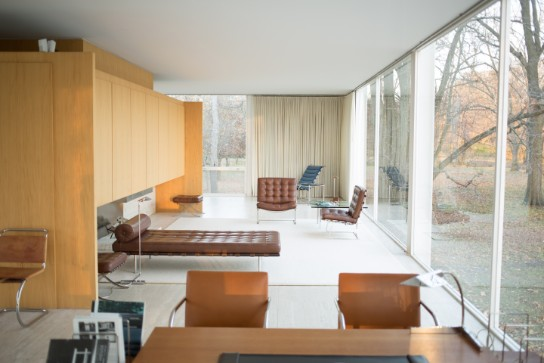 Fall in Love with Mies Van der Rohe World Known Farnsworth House farnsworth house Fall in Love with Mies Van der Rohe World Known Farnsworth House Fall in Love with Mies Van der Rohe World Known Farnsworth House 4
