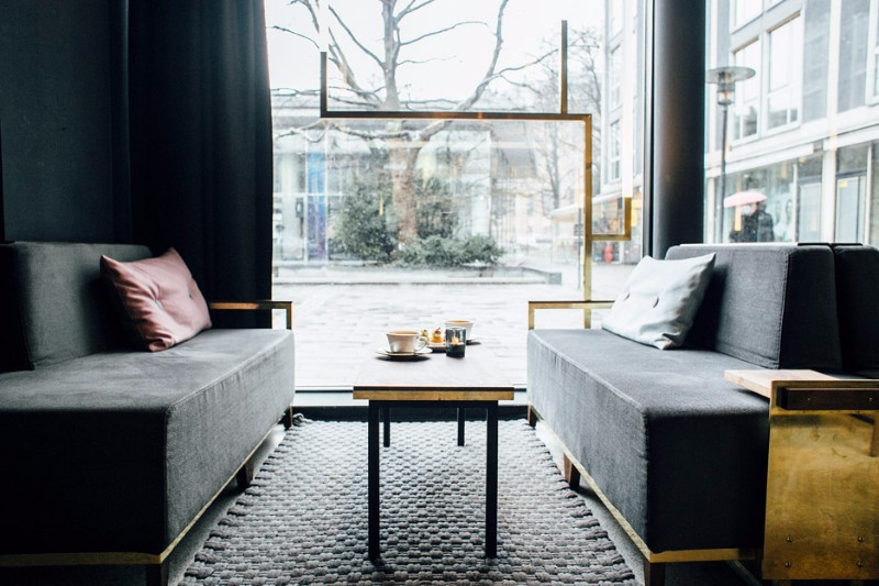 DON'T BE AFRAID OF AN OUTSTANDING DARK INTERIOR DESIGN dark interior DON'T BE AFRAID OF AN OUTSTANDING DARK INTERIOR DESIGN DON   T BE AFRAID OF AN OUTSTANDING DARK INTERIOR DESIGN 7