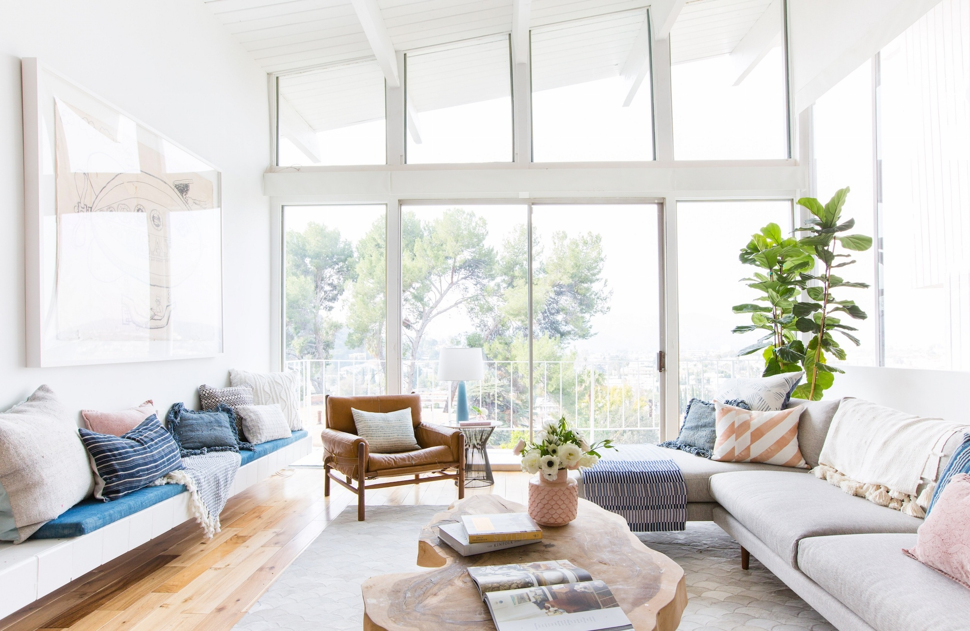EMILY HENDERSON IS SELLING HER CALIFORNIA HOME AND IT CAN BE YOURS emily henderson EMILY HENDERSON IS SELLING HER CALIFORNIA HOME AND IT CAN BE YOURS EMILY HENDERSON IS SELLING HER CALIFORNIA HOME AND IT CAN BE YOURS 2
