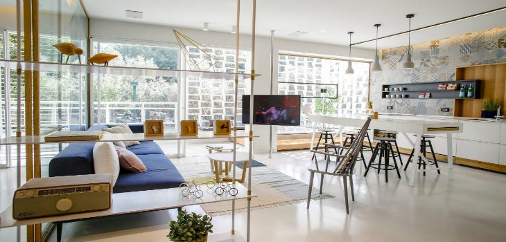 FALL IN LOVE WITH THIS UPDATED 1950s APARTMENT IN TEL AVIV 1950s apartment FALL IN LOVE WITH THIS UPDATED 1950s APARTMENT IN TEL AVIV FALL IN LOVE WITH THIS UPDATED 1950s APARTMENT IN TEL AVIV FEATURED 1 730x350