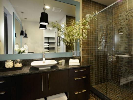 HOW TO UPGRADE YOUR MODERN BATHROOM DESIGN