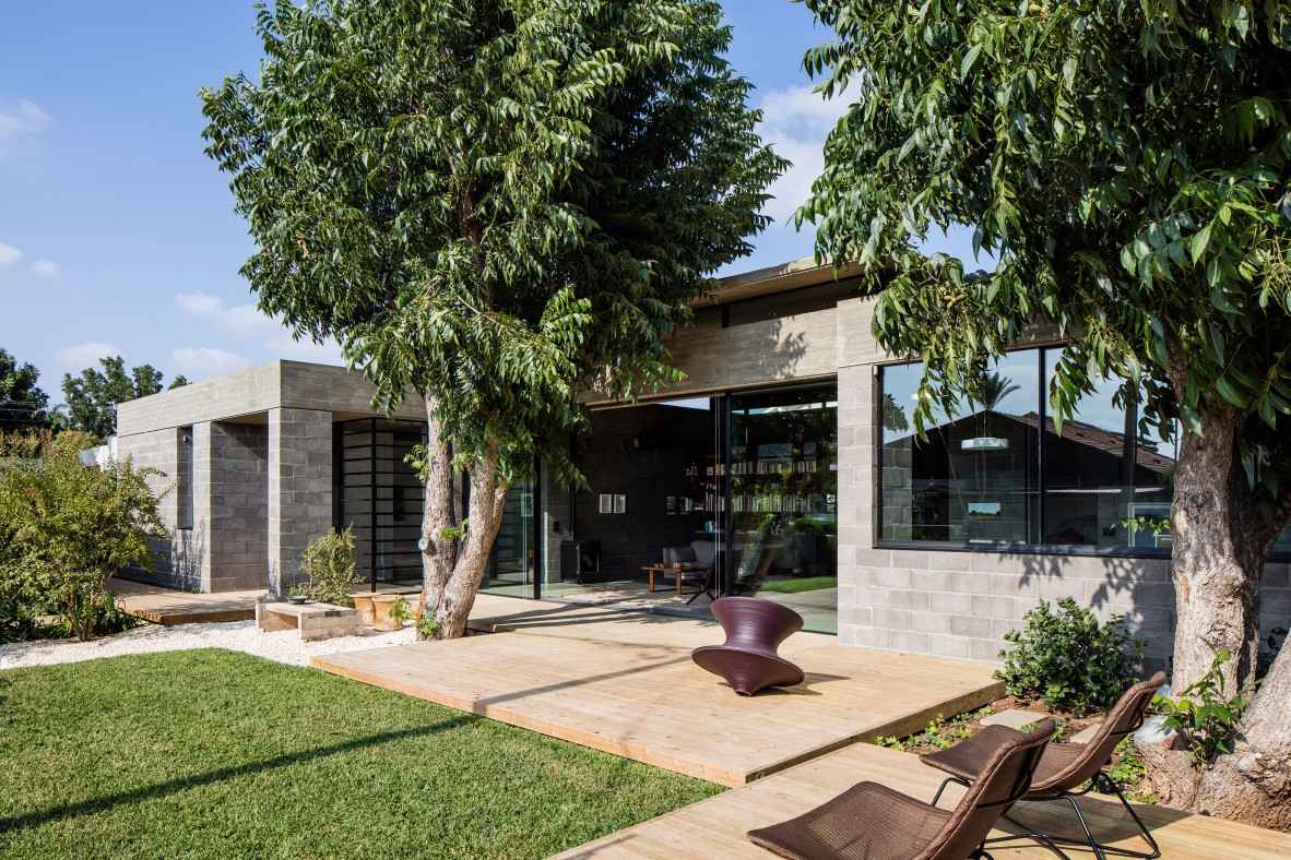 CHECK OUT THIS CONTEMPORARY TREE HOUSE contemporary tree house CHECK OUT THIS CONTEMPORARY TREE HOUSE CHECK OUT THIS CONTEMPORARY TREE HOUSE 11