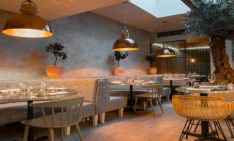 GET INSPIRED BY THIS INTIMATE RESTAURANT BY KINNERSLEY KENT DESIGN