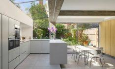 A NORTH LONDON HOUSE EXTENSION DESIGNED BY PAUL ARCHER DESGIN