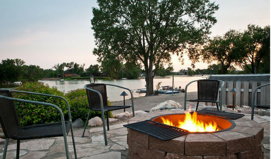 Relaxing Outdoor Retreat: Fireplace Edition