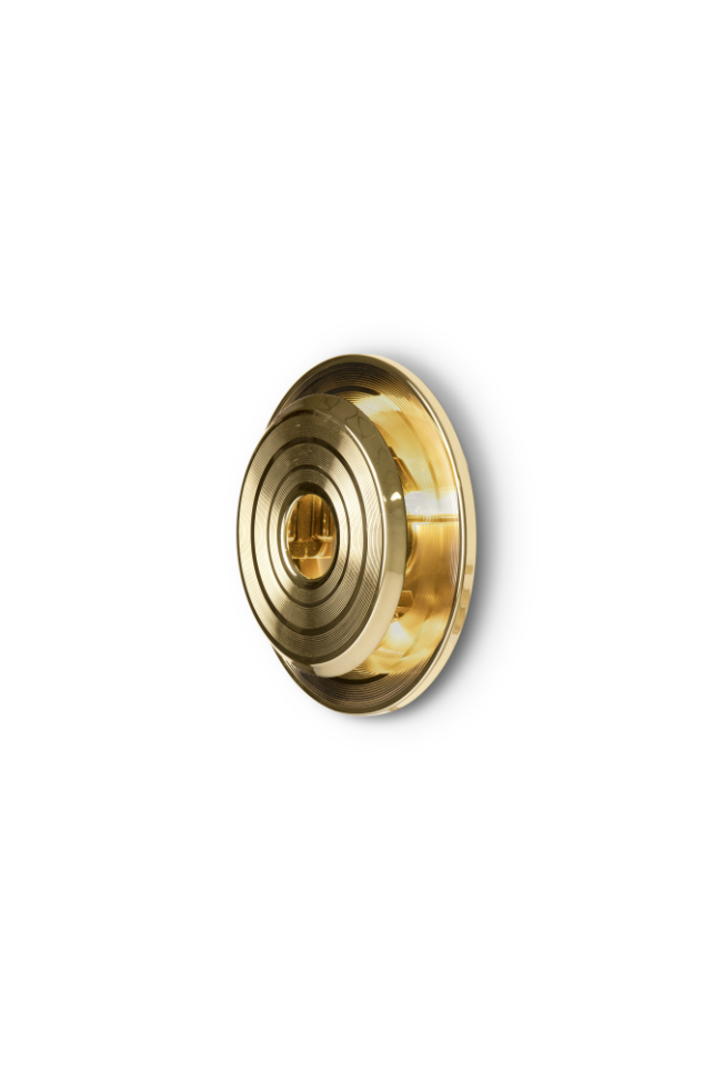 Gold Plated Finishes Are The Trick For a Luxury Home Decor