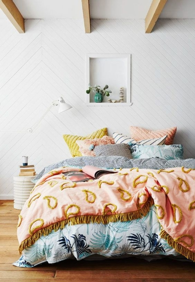 Get Comfortable And Check These 6 Bedroom Trends For 2019 bedroom trends, lighting, mid-century style, mid-century piece, trend, home design ideas, decor, modern home, suspension lamp, inspiration, bedroom, trends bedroom trends Get Comfortable And Check These 6 Bedroom Trends For 2019 ice cream
