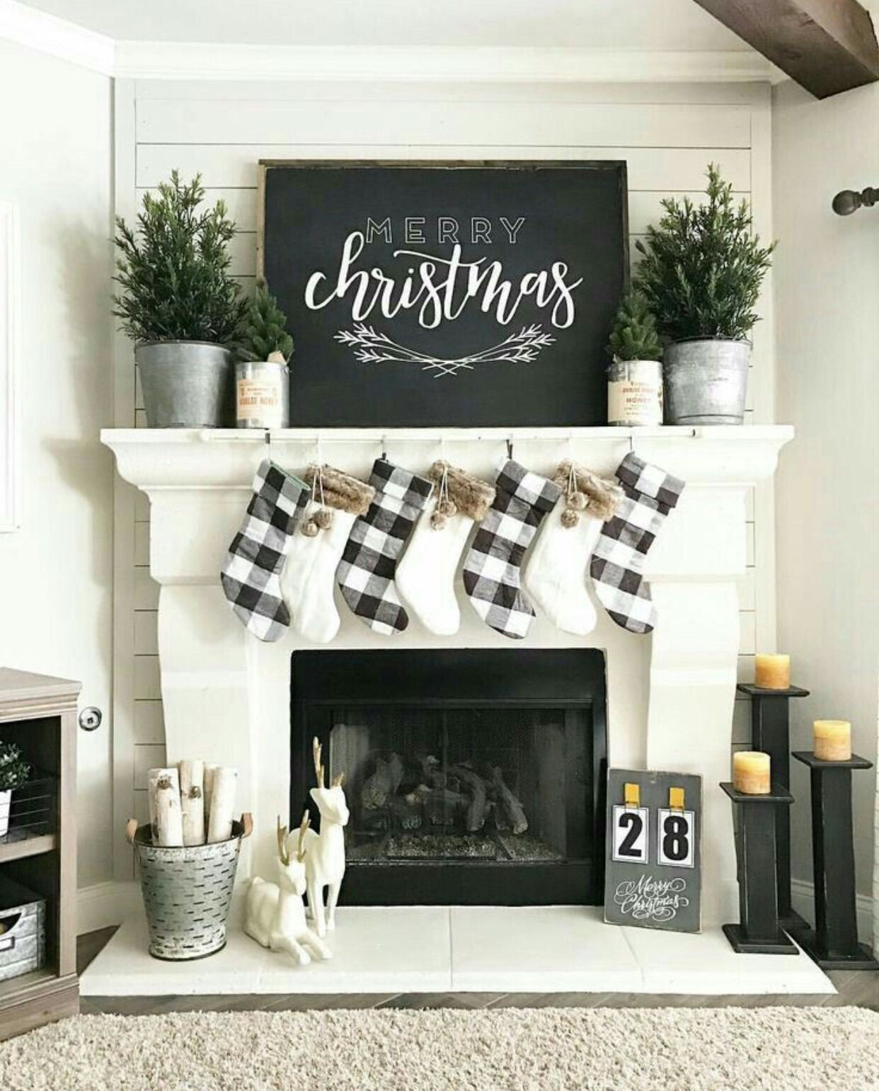 What's Hot On Pinterest Christmas Decor Trends 4