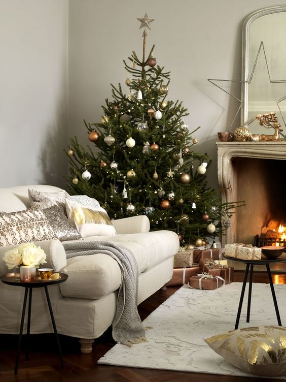 What's Hot On Pinterest Christmas Decor Trends 6