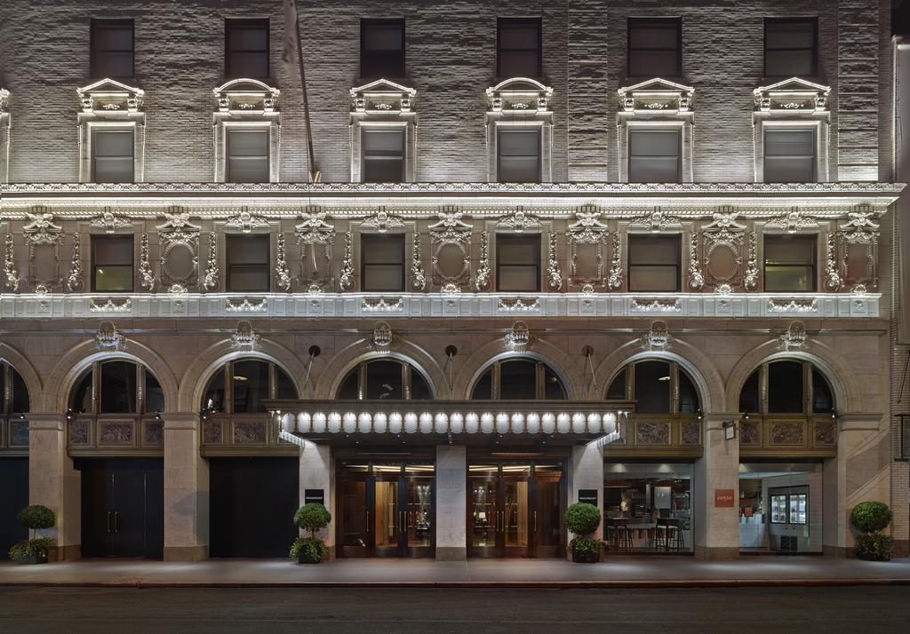 Let's Talk About DelightFULL And Paramount Hotel In New York paramount hotel Let's Talk About DelightFULL And Paramount Hotel In New York Lets Talk About DelightFULL And Paramount Hotel In New York