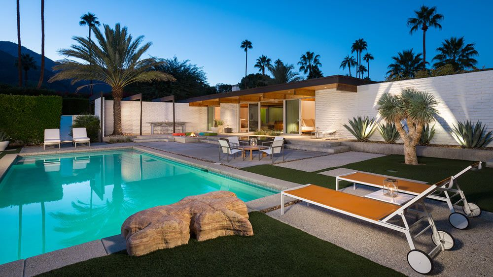 What The Houses In Palm Springs Look Like Welcome To Summer Season 2