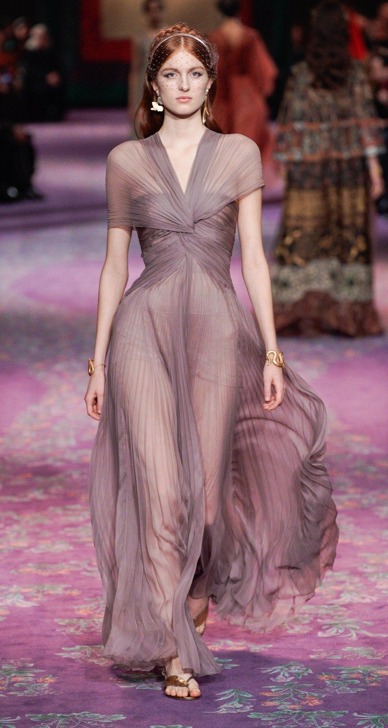 ParisFashionWeekdior paris fashion week Top 5 Paris Fashion Week Styles: Take Them Into Your Home! ParisFashionWeekdior