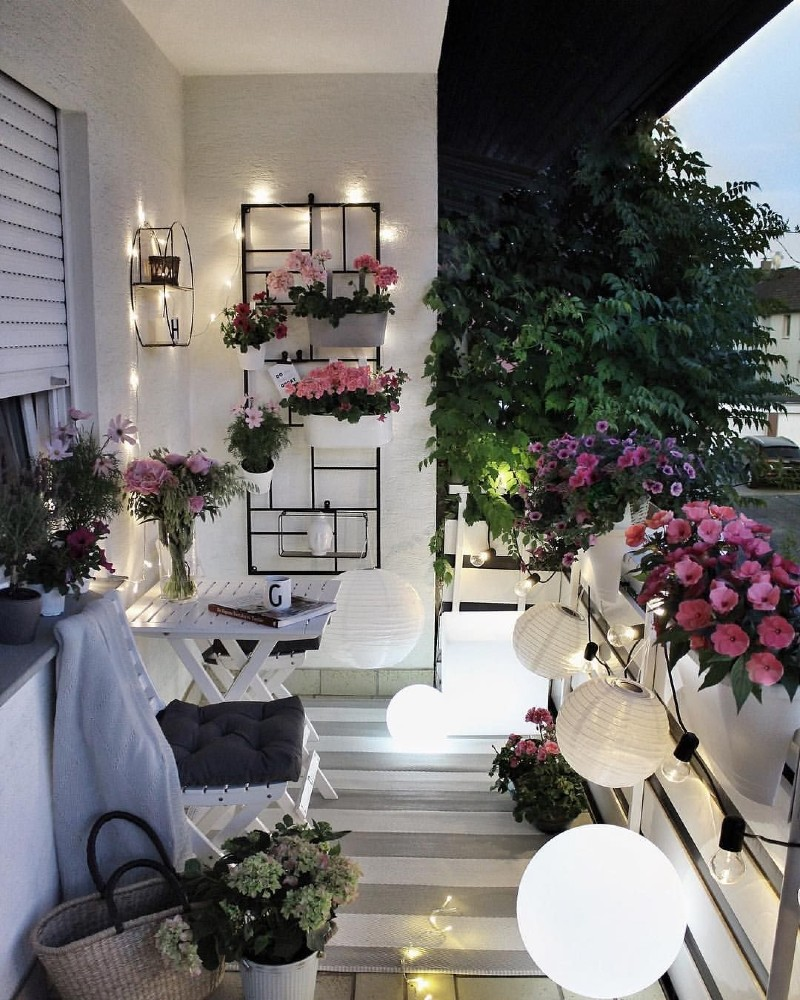 Be Inspired By The Best Balcony Decor Ideas For This Summer! balcony decor Be Inspired By The Best Balcony Decor Ideas For This Summer! Be Inspired By The Best Balcony Decor Ideas For This Summer 1