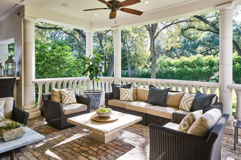These Are The Porch Design Essentials You Need For Your Space This Summer! porch design These Are The Porch Design Essentials You Need For Your Space This Summer! These Are The Porch Design Essentials You Need For Your Space This Summer 1