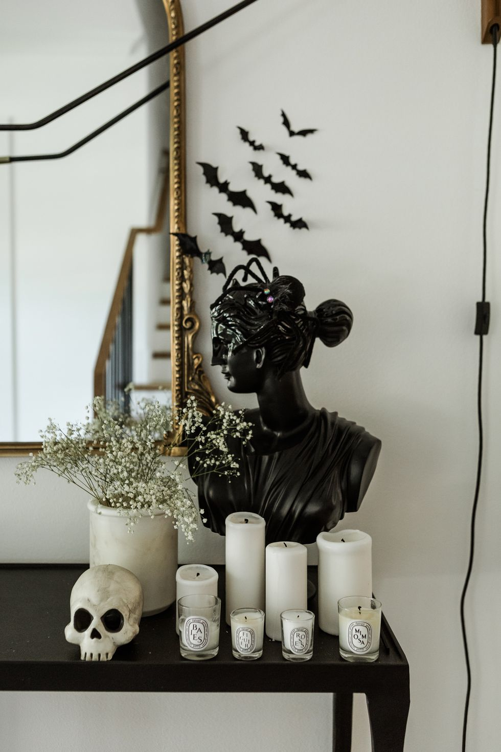 10 Stylish And Modern Halloween Decor Ideas For Your Home_1 halloween decor ideas 10 Stylish And Modern Halloween Decor Ideas For Your Home 10 Stylish And Modern Halloween Decor Ideas For Your Home 1