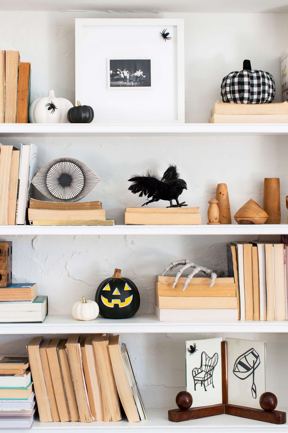 10 Stylish And Modern Halloween Decor Ideas For Your Home_3 halloween decor ideas 10 Stylish And Modern Halloween Decor Ideas For Your Home 10 Stylish And Modern Halloween Decor Ideas For Your Home 3