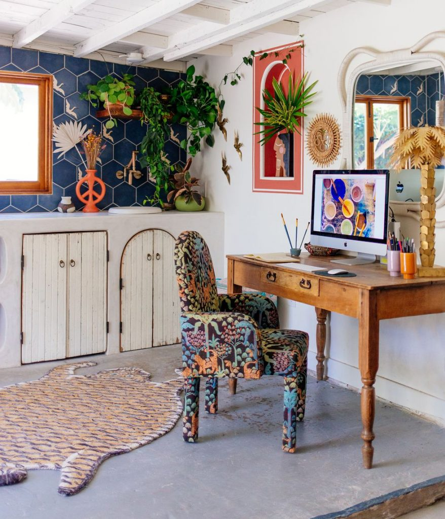 Invest In The Perfect Home Office Decor Right Now!_4