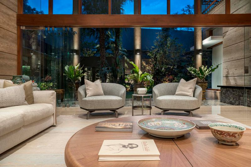 Discover The Best Luxuy Showrooms In Jakarta_20 luxury showrooms in jakarta Discover The Best Luxuy Showrooms In Jakarta Discover The Best Luxuy Showrooms In Jakarta 16