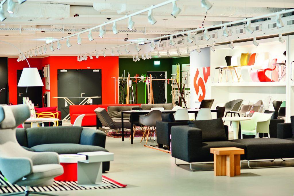 Discover The Best Luxuy Showrooms In Munich_2 luxury showrooms in munich Discover The Best Luxuy Showrooms In Munich Discover The Best Luxuy Showrooms In Munich 2