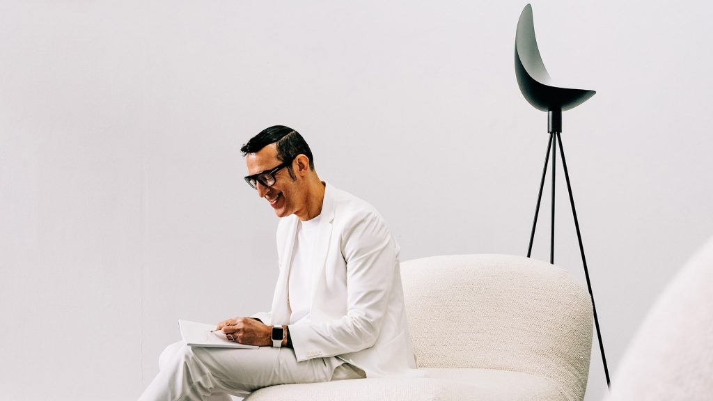 Karim Rashid See Inside the Polished Residential Projects That Left Our Editors Speechles karim rashid Karim Rashid: See Inside the Polished Residential Projects That Left Our Editors Speechless Karim Rashid See Inside the Polished Residential Projects That Left Our Editors Speechles