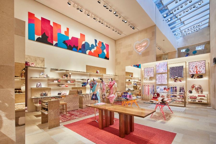 Peter Marino The Way To Turn Luxury Fashion Stores Into Art_3 peter marino Peter Marino: The Way To Turn Luxury Fashion Stores Into Art Peter Marino The Way To Turn Luxury Fashion Stores Into Art 3